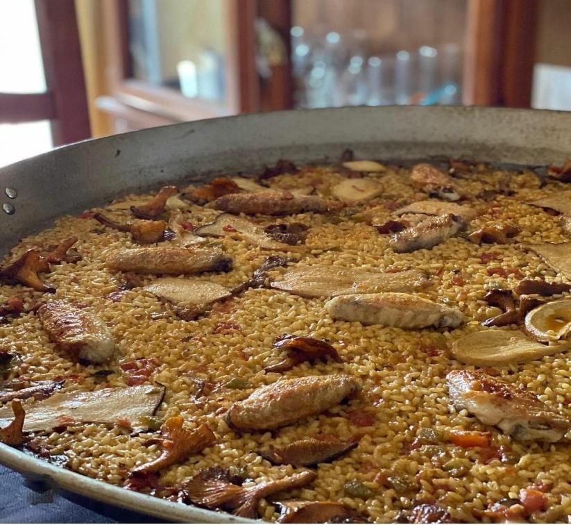 Paella con Pisto Manchego Calzado